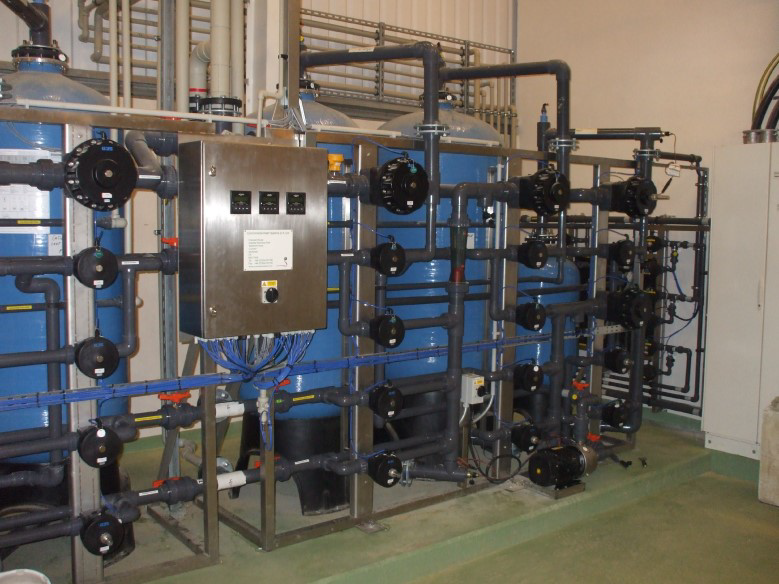 water purification plant deioniser