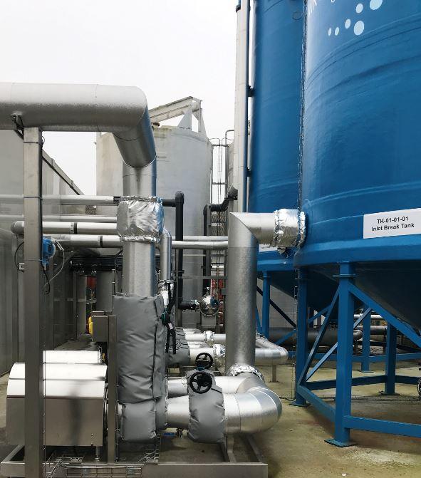 Chlorine dosing in the inlet break tank oxidises trace metals
